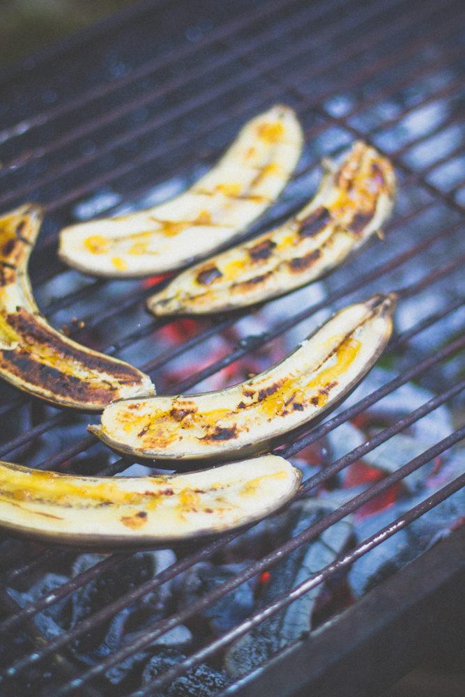 Banaanid grillil